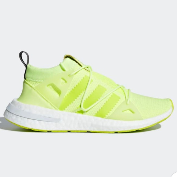 ee1327143023 Adidas Neon Yellow Green Running Shoes